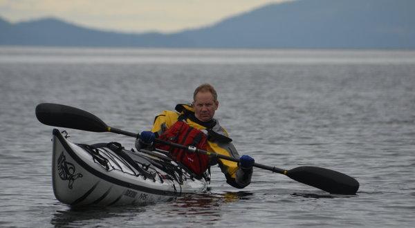 Explorer Pushes the Boundaries of a Human-Powered Watercraft - NYTimes.com