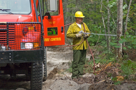 State firefighters extinguished 170 wildfires by the start of June 2013. Photo: Dave Kenyon, Michigan DNR.