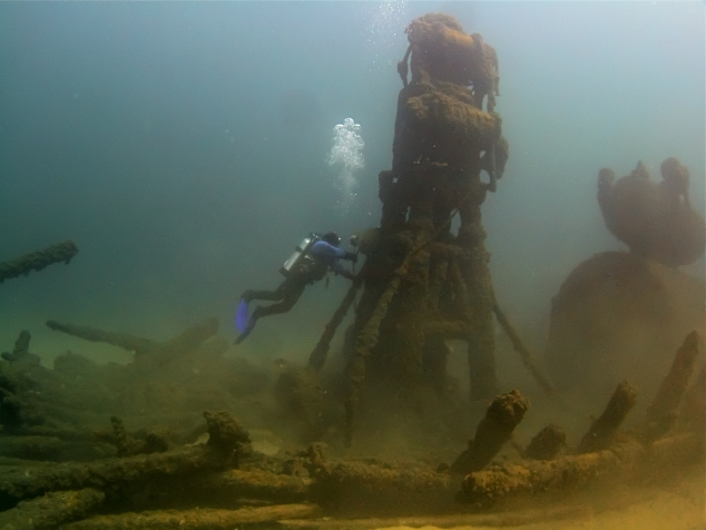 John Hanson diving on The State of Michigan shipwreck in the West Michigan Underwater Preserve. Photo: Paul Chase