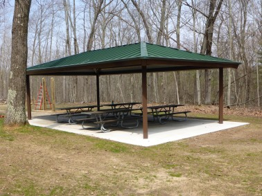 This covered picnic pavilion was built this year to provide hikers a place to enjoy lunch and stay dry. Photo: Howard Meyerson